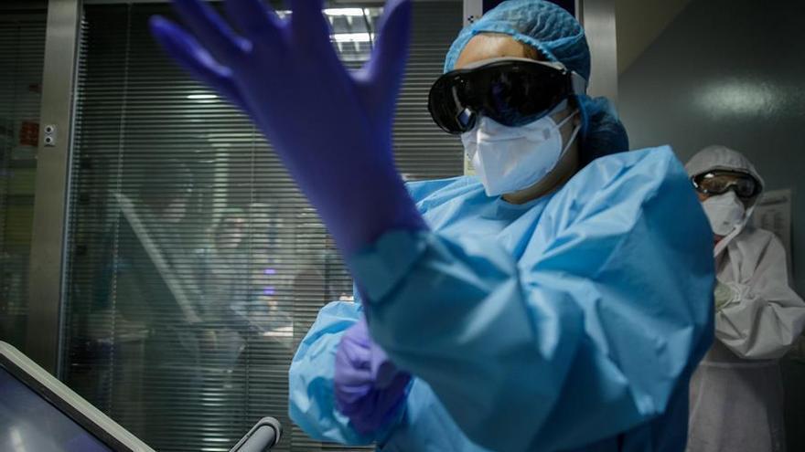 Noviembre, mes negro en Tenerife: el coronavirus se desboca en la isla mientras baja en el resto del archipiélago