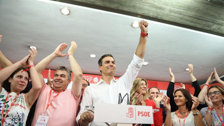 Pedro Sánchez celebra su victoria en las primarias del Partido Socialista. Foto: PSOE