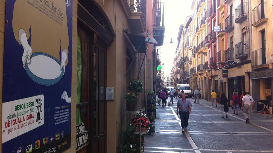 Una vista de la calle Mayor, en el Casco Viejo de Pamplona.