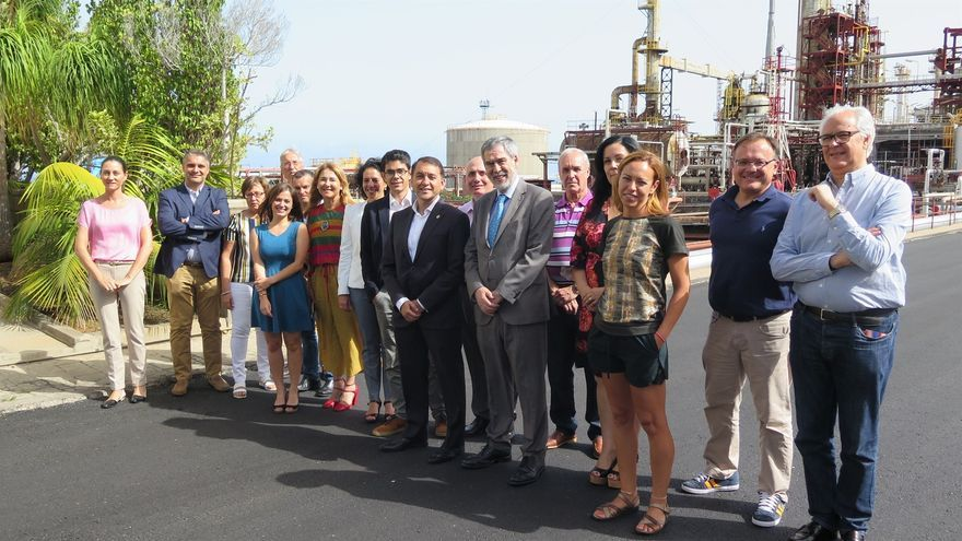 Foto realizada este martes, en la reunión del comité de enlace Cepsa-Santa Cruz