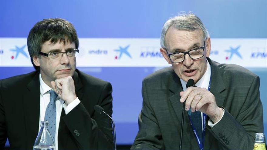 Puigdemont anuncia una rebaja inmediata del IRPF a las rentas bajas