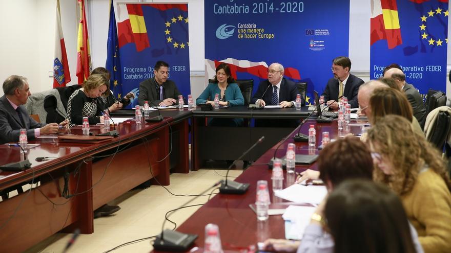 """Cantabria no figura entre los organismos que sufren """"bloqueos"""" en las ayudas de los fondos FEDER"""