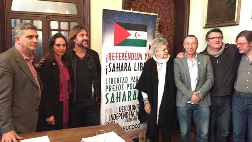 Varios firmantes del manifiesto y activistas de CEAS Sáhara/ FiSáhara