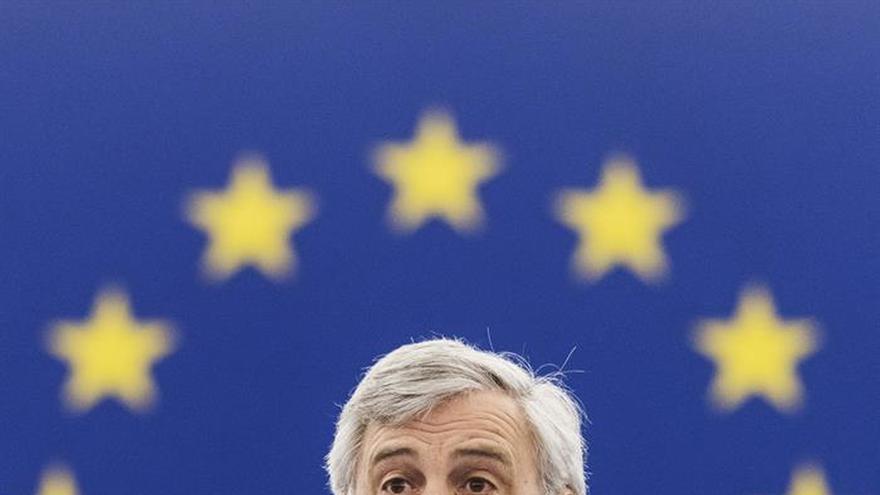 """El presidente del PE se reunirá con May el 20 de abril para abordar el """"brexit"""""""