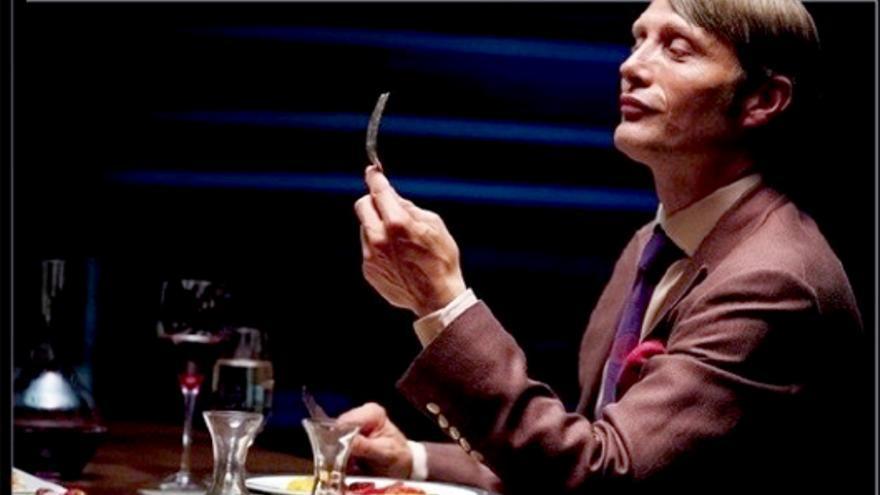 """'Hannibal' prepara su """"cena sangrienta"""", en el primer vistazo a la serie americana"""