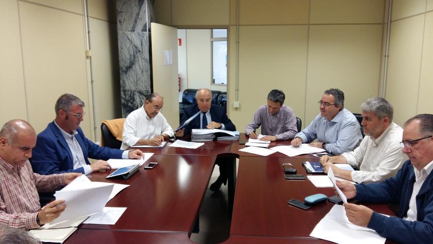 Una comisión técnica propondrá aplicar contingentes al transfer