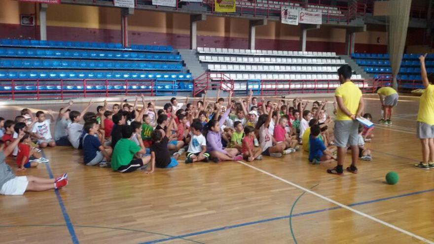 En la imagen, participantes en el campus 'Los Llanos de mueve'.