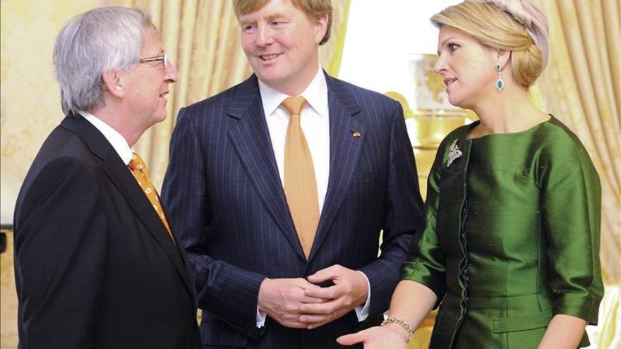 Los reyes de Holanda viajan a Luxemburgo en su primera visita al exterior