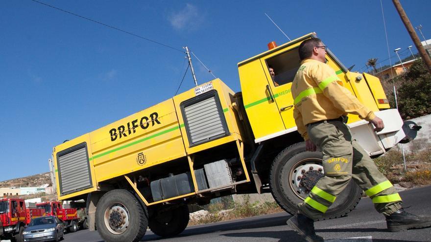 Vehículo de la Brifor para combatir los incendios