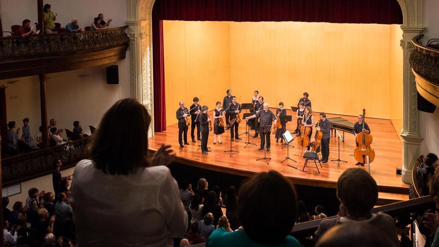 Concierto en el Teatro Circo de Marte de los solistas de la Orquesta de Cámara Reina Sofía y Nicolás Chumachenco. Foto: Dominic Dähncke.