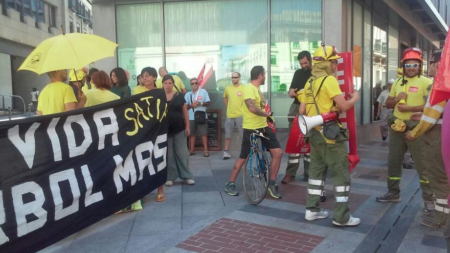 Manifestación GEACAM incendios Guadalajara Aleas y Bustares 2