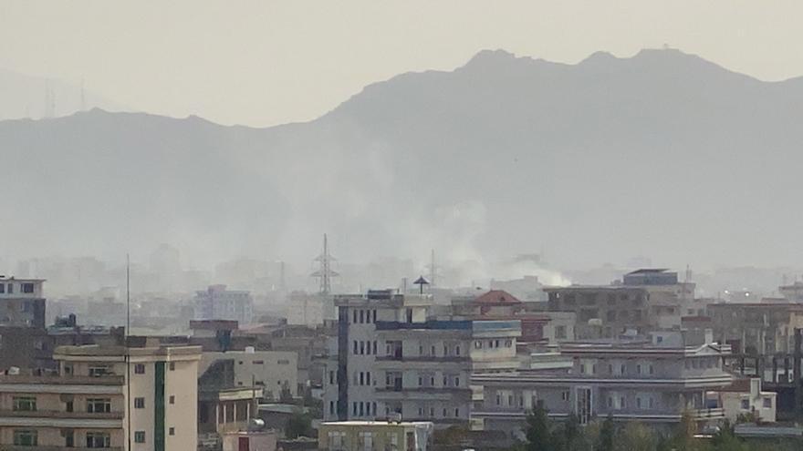Kabul tiembla con un ataque de EE.UU. contra el EI y el impacto de un cohete