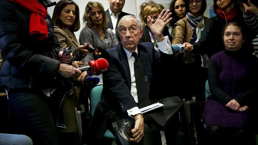 Marcelo Rebelo de Sousa, candidato favorito a las presidenciales portuguesas de este domingo