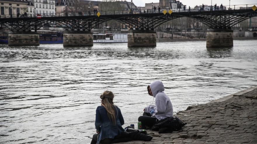 Francia alcanza una cifra récord en 2021 de pacientes graves por covid