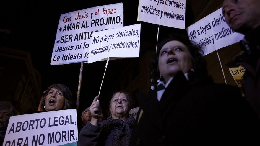 Protesta ante el ministerio de Justicia contra la reforma del aborto / Olmo Calvo