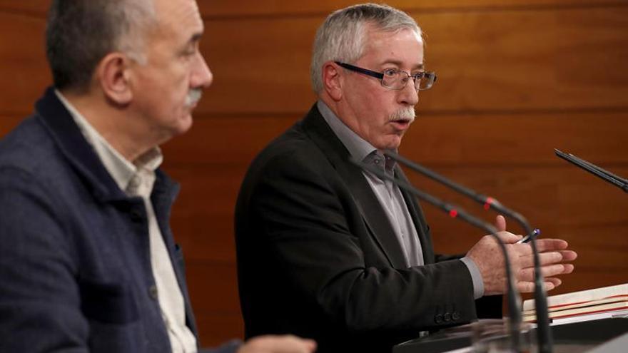 """CCOO y UGT dispuestos a """"engrasar"""" la movilización si el Gobierno no cumple"""