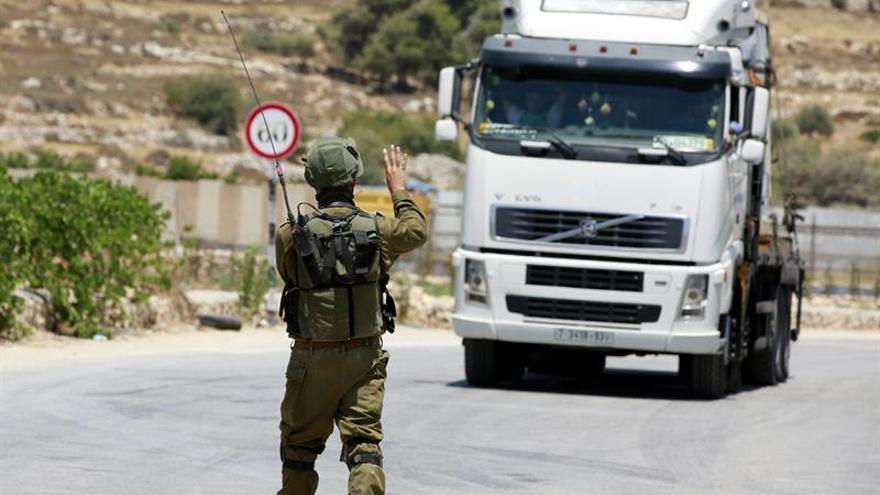 Detenido un palestino que trató de abordar un tranvía en Jerusalén con explosivos
