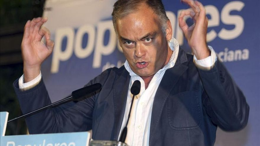 G.Pons (PP): Todos los españoles debemos decidir sobre la unidad de España