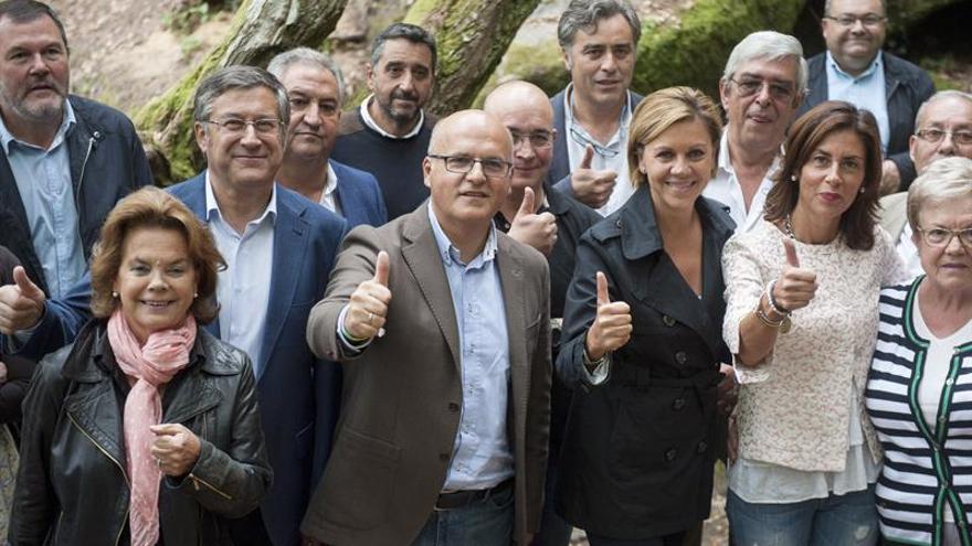 """Cospedal pide a Feijóo en la Xunta que el 25S no se la queden los del """"no"""""""