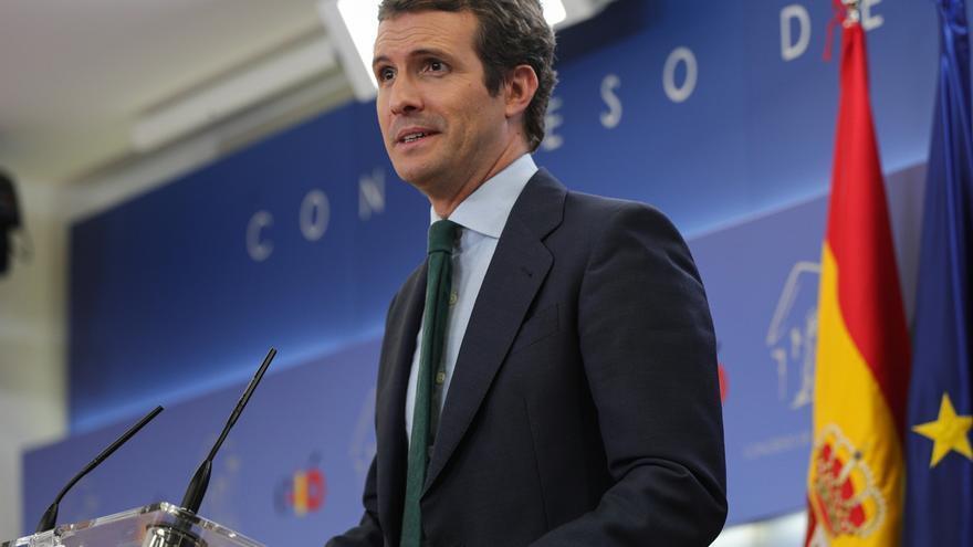 """Casado ofrece """"estabilidad"""" a Sánchez pero recuerda que es su """"responsabilidad desbloquear"""" el proceso de investidura"""