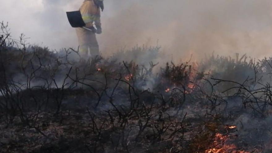 Cantabria tiene un incendio forestal activo en Mazcuerras de los seis que ha habido a lo largo de la jornada