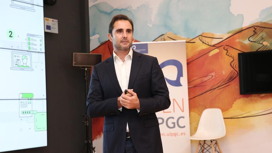 Hervé Falciani durante su conferencia en la Institución Ferial de Canarias (Las Palmas de Gran Canaria).