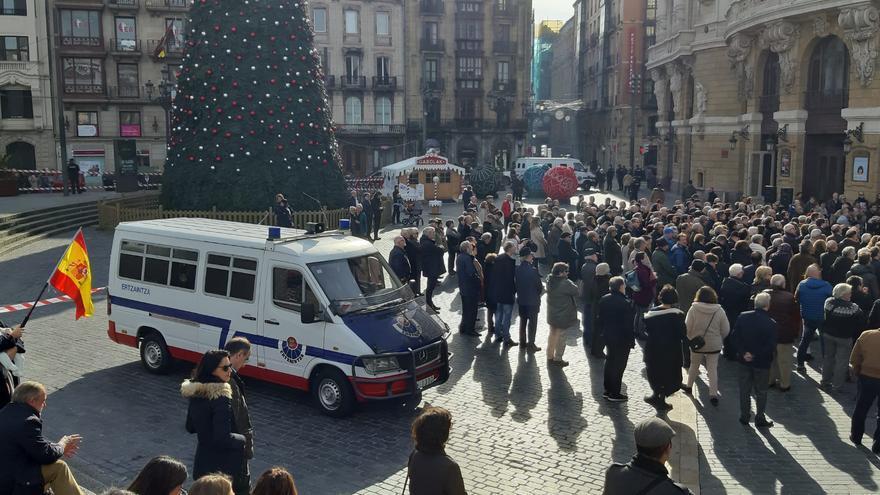 La plaza Arriaga en el acto de Álvarez de Toledo a favor de la Constitución en Bilbao