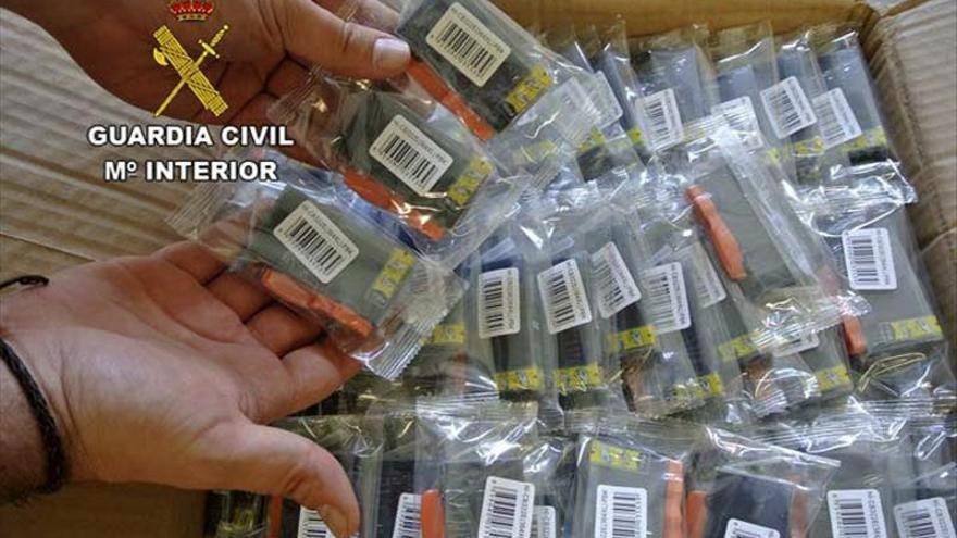 Tres detenidos con 72.100 cartuchos de tinta de impresora falsificados