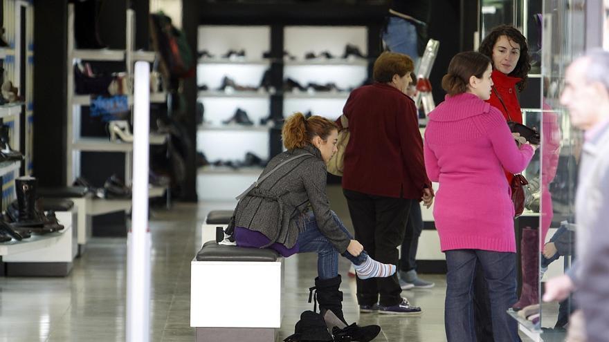 Cantabria lidera el incremento de las ventas y el empleo en el comercio minorista