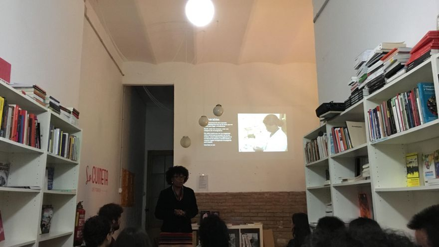 Antoinette Torres en un taller impartido en Barcelona.