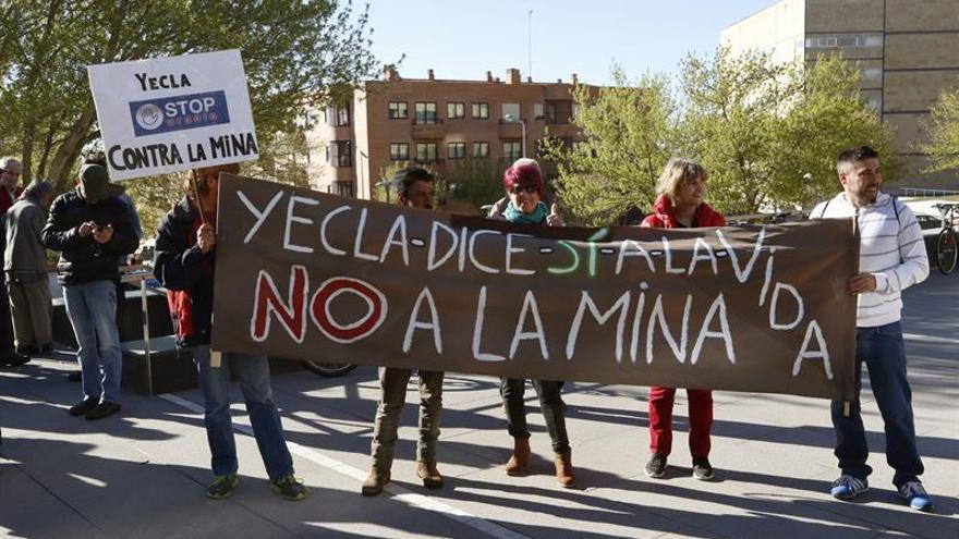 Medio Ambiente aplaza la autorización de uso excepcional para la mina de uranio
