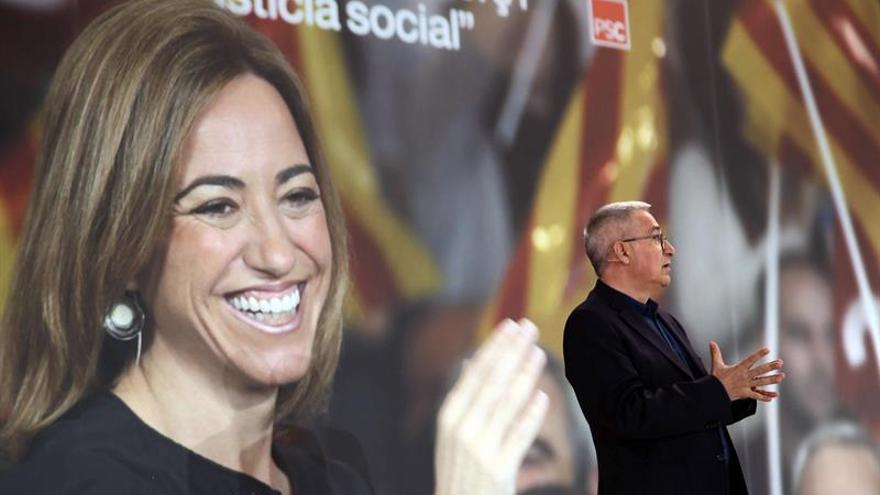 El socialismo español exhibe unidad en un emotivo último adiós a Chacón
