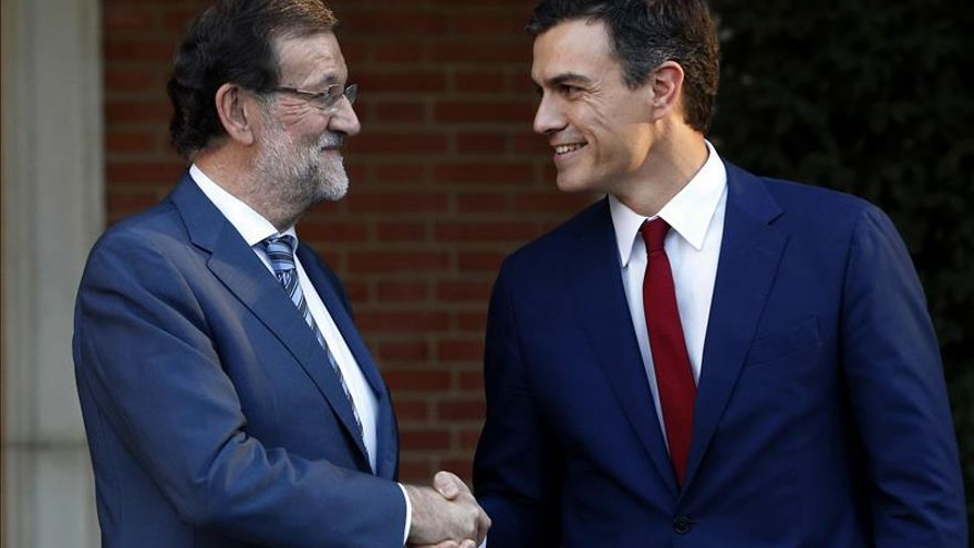 Rajoy y Sánchez debatirán cara a cara el 14 de diciembre en la Academia de TV
