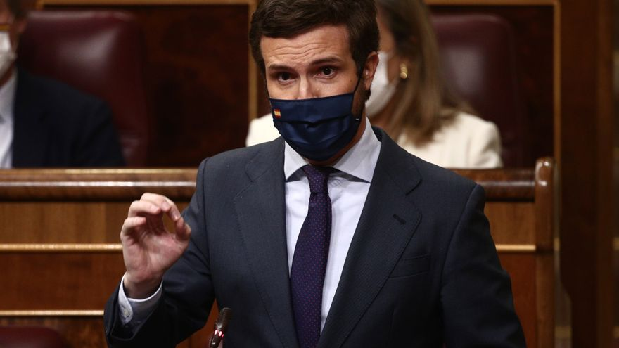 El líder del PP, Pablo Casado, interviene durante una sesión de Control al Gobierno en el Congreso de los Diputados, en Madrid, (España), a 17 de marzo de 2021.