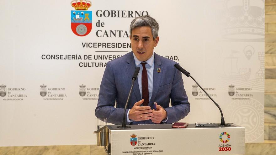 """Zuloaga dice que Fernández está en el Senado para """"respaldar al Gobierno de España"""""""