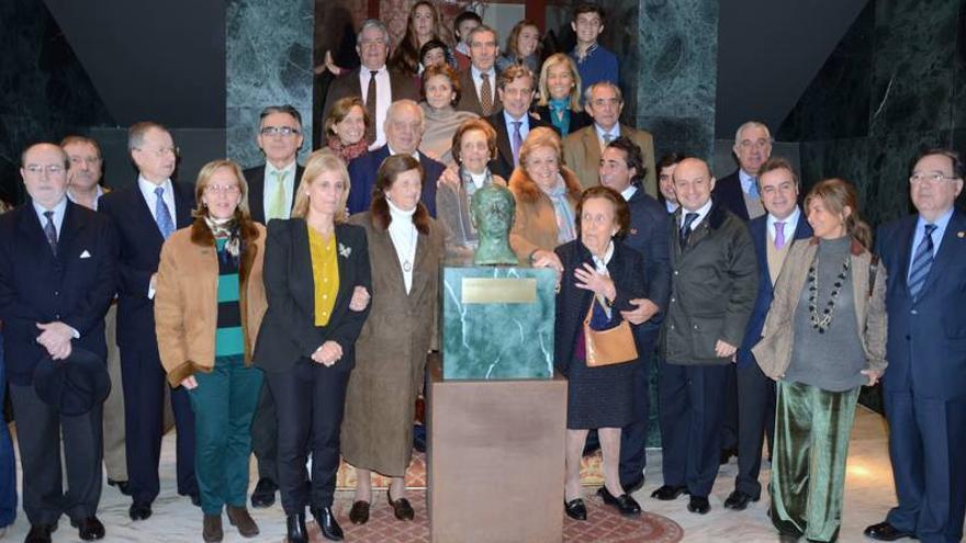 Un busto de Pemán colocado en el Teatro Villamarta ya fue retirado.