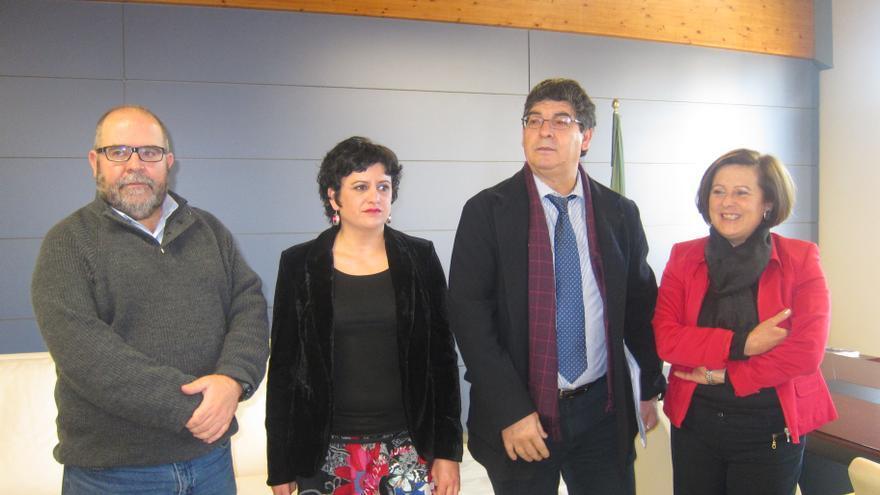 """Valderas insta al PP-A a decidir """"si está con Andalucía o con Rajoy"""", cuyas políticas """"no ayudan"""" al gran pacto andaluz"""