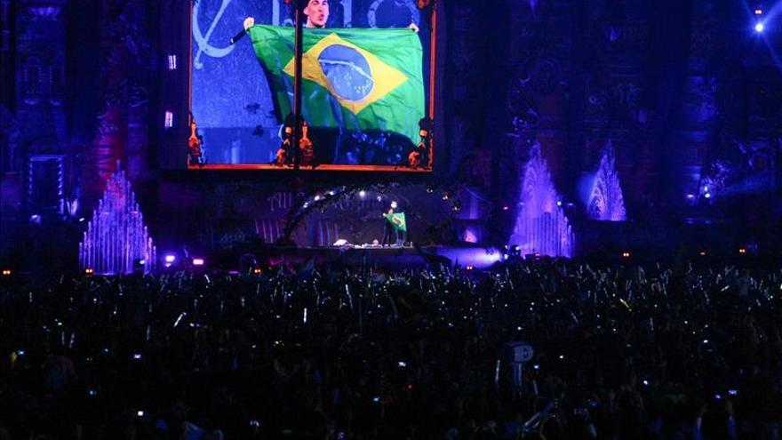 Hardwell, Afrojack y Steve Aoki inauguran el primer Tomorrowland Brasil