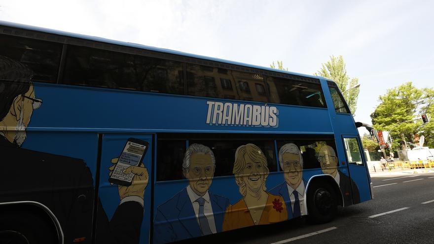 El Pleno del ayuntamiento de Madrid condena el 'Tramabús' de Podemos con los votos de PP, PSOE y Cs