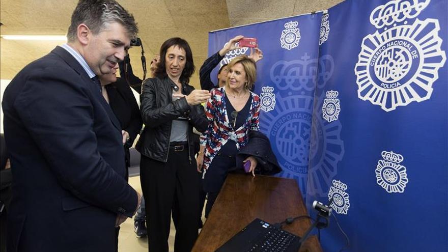 La comisaría de Ávila prueba un proyecto piloto para denuncias de personas sordas