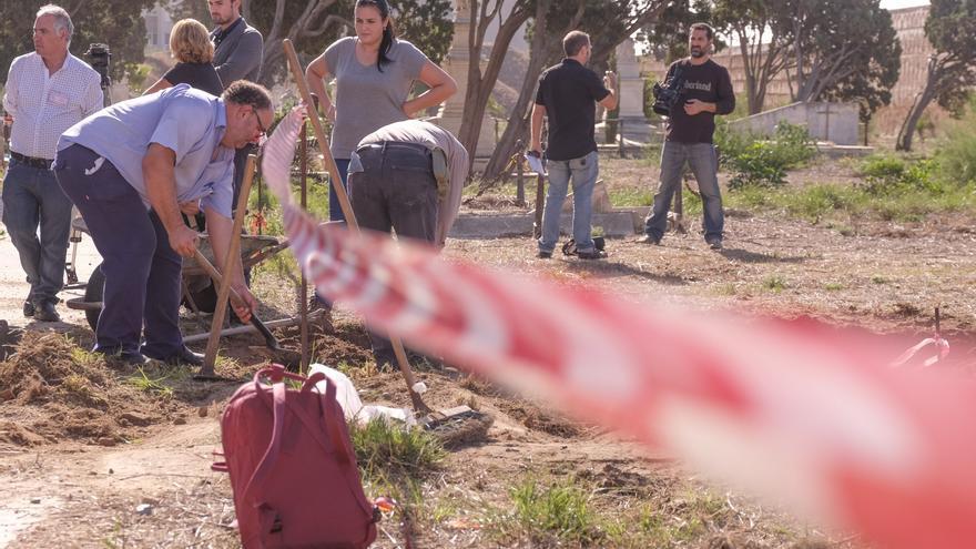 Las exhumaciones en el camposanto gaditano se iniciaron el 20 de octubre.