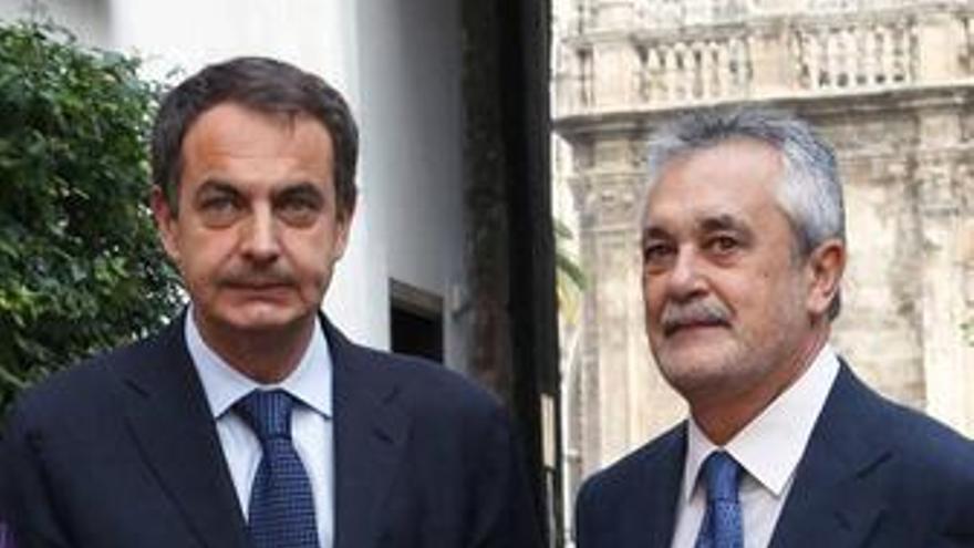 Zapatero y Griñán en el consejo de ministros de Sevilla