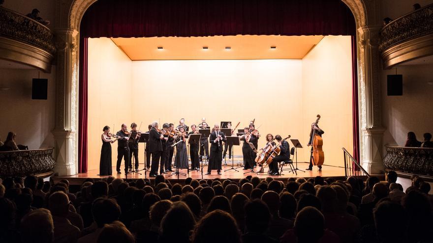 Actuación del clarinetista Maximiliano Martín en el Circo de Marte.