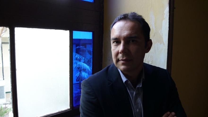 El escritor tinerfeño Victor Álamo de la Rosa.