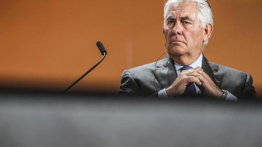 Tillerson, responsable de la ExxonMobil, favorito para la Secretaria de Estado