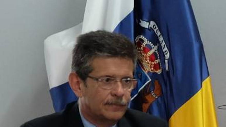 El viceconsejero de Empleo del Gobierno de Canarias, Emilio Atiénzar