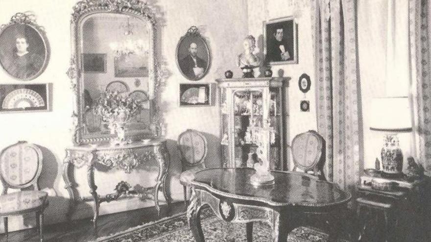 Interior de la casa del científico