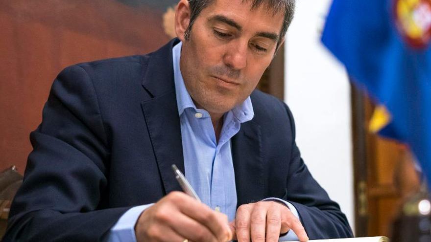 El presidente del Gobierno canario, Fernando Clavijo (CC)