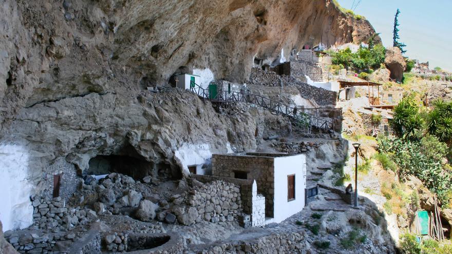 Casas Cueva de Acusa Seca.