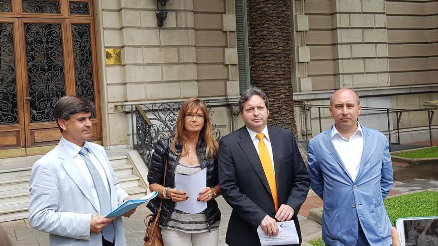 Los querellantes, en el colegio de abogados de Barcelona